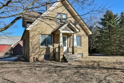 Ozaukee County Single Family Home For Sale: 4438 County Road H