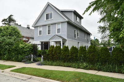 South Milwaukee Single Family Home For Sale: 308 Marquette Ave