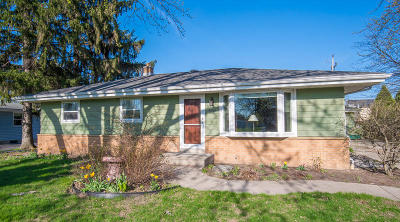 Hales Corners Single Family Home Active Contingent With Offer: 5260 S 110th St