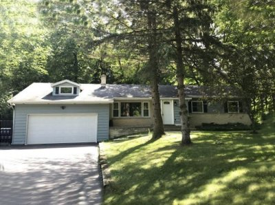 West Bend Single Family Home For Sale: 5822 River Rd