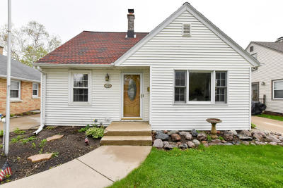 West Allis Single Family Home For Sale: 2349 S 81st St