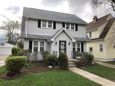 Whitefish Bay Single Family Home For Sale: 5574 N Lydell Ave