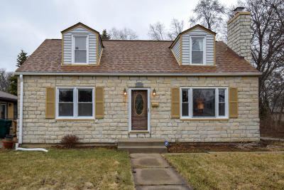Glendale Single Family Home Active Contingent With Offer: 704 W La Salle Ave
