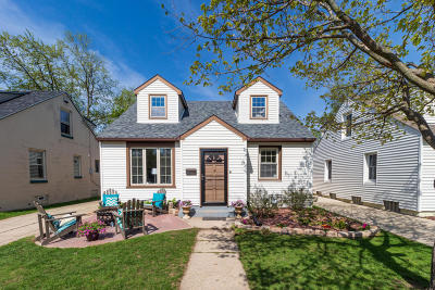 Whitefish Bay Single Family Home Active Contingent With Offer: 4707 N Elkhart Ave