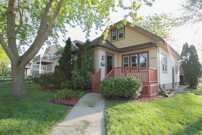 West Allis Single Family Home Active Contingent With Offer: 2201 S 77th St