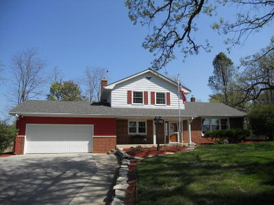 Waukesha Single Family Home For Sale: W279s4813 Saylesville Rd