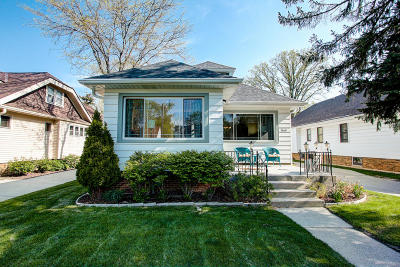 Single Family Home For Sale: 8128 Stickney Ave