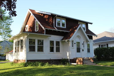 Jefferson Single Family Home Active Contingent With Offer: 403 E Linden Dr