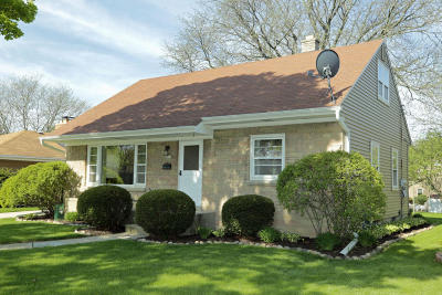 West Allis Single Family Home Active Contingent With Offer: 2811 S 74th St