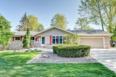 West Bend Single Family Home Active Contingent With Offer: 141 Woodridge Rd