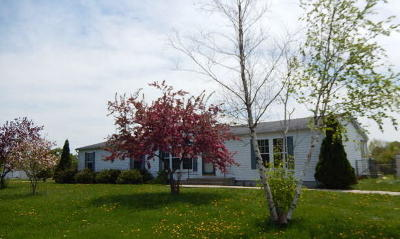 Racine County Single Family Home For Sale: 11819 Bell Rd