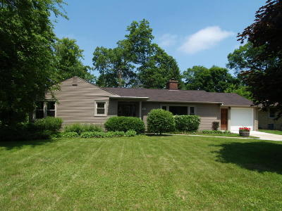West Bend Single Family Home For Sale: 278 Vine