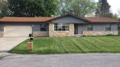 Milwaukee Single Family Home For Sale: 9613 Good Hope Rd