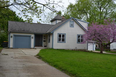 West Allis Single Family Home For Sale: 1135 S 96th St
