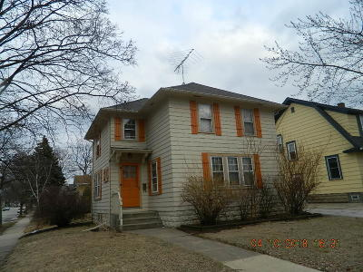 Waukesha Single Family Home For Sale: 401 S Grand Ave