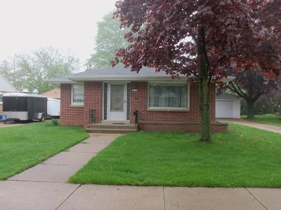 West Allis Single Family Home For Sale: 2550 S 89th St