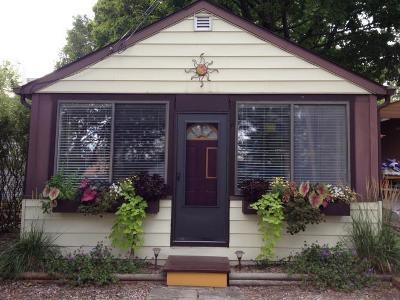 Fontana Single Family Home Active Contingent With Offer: 158 Big Foot St