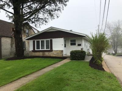 South Milwaukee Single Family Home Active Contingent With Offer: 2410 14th Ave