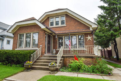 West Allis Single Family Home For Sale: 1744 S 59th St