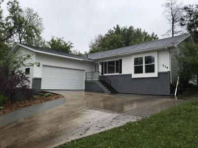 Johnson Creek Single Family Home Active Contingent With Offer: 214 Serenity Ct