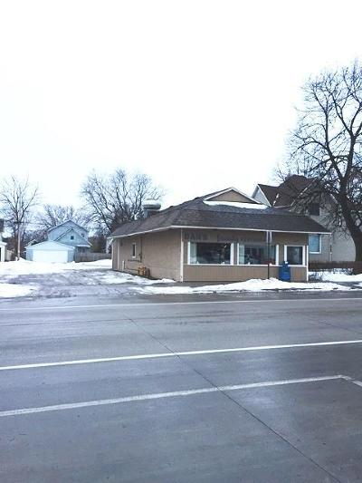 Marinette WI Commercial For Sale: $125,000