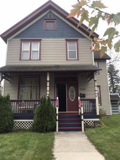 Marinette Multi Family Home For Sale: 2605 Hall Ave