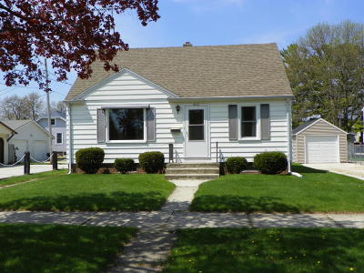 Single Family Home For Sale: 2412 S 11th