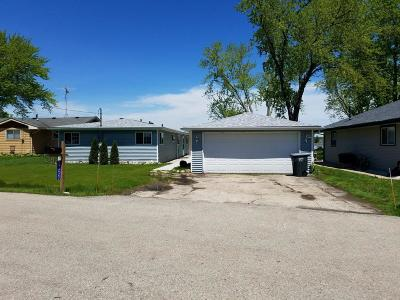 Single Family Home For Sale: 27222 101 St St.