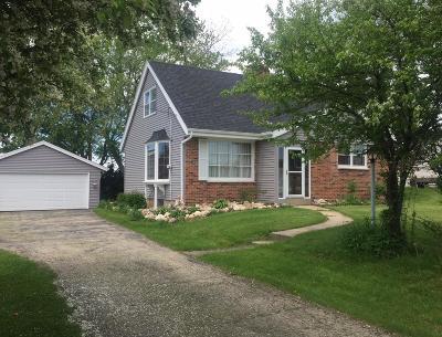 Washington County Single Family Home For Sale: 849 County Rd K
