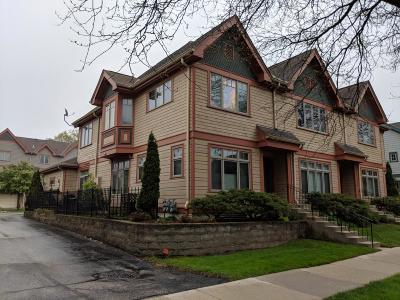 Shorewood Condo/Townhouse For Sale: 3514 N Maryland Ave