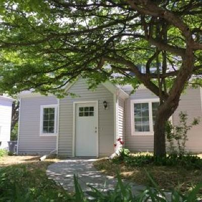 Wauwatosa Single Family Home For Sale: 542 N 98th St