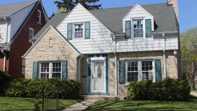 Milwaukee Single Family Home For Sale: 3385 N 46th St