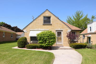 Milwaukee Single Family Home For Sale: 3263 S 35th St