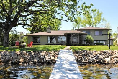 Jefferson County Single Family Home Active Contingent With Offer: W8168 Elm Point Rd