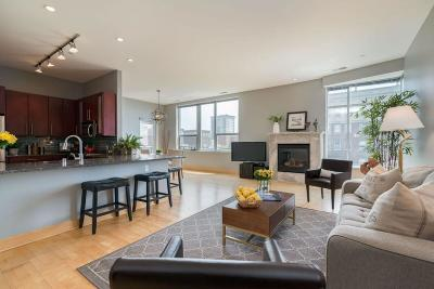 Milwaukee Condo/Townhouse Active Contingent With Offer: 1111 N Marshall St #605