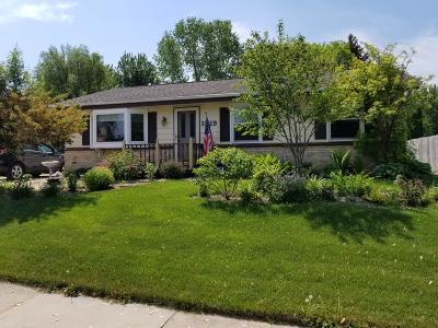 West Bend Single Family Home For Sale: 1819 Hemlock St