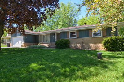 Greenfield Single Family Home Active Contingent With Offer: 5163 S 44th St