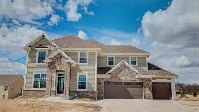 Sussex Single Family Home Active Contingent With Offer: W236n7267 Meadow Ct #Lt43