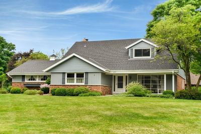 Brookfield Single Family Home Active Contingent With Offer: 2375 Tilton Ln