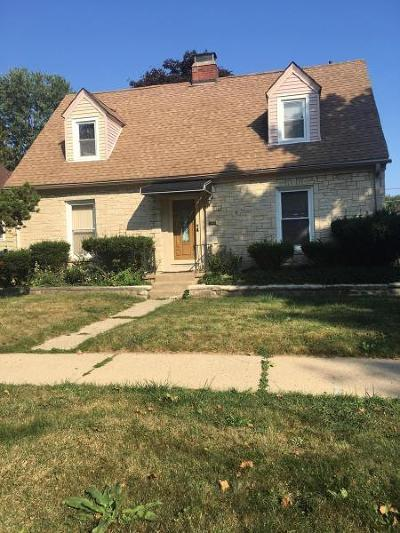 Milwaukee Single Family Home For Sale: 5944 N 39th St
