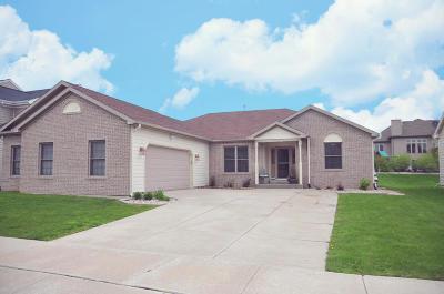 Kenosha County Single Family Home For Sale: 15214 73rd St