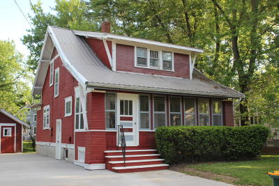 Fort Atkinson Single Family Home For Sale: 414 Mc Comb St