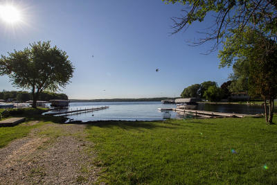 Pewaukee Single Family Home Active Contingent With Offer: N20w28284 Oakton Rd