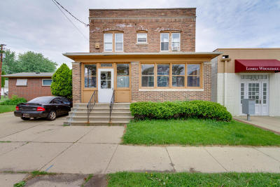 Kenosha Multi Family Home Active Contingent With Offer: 1630 56th St