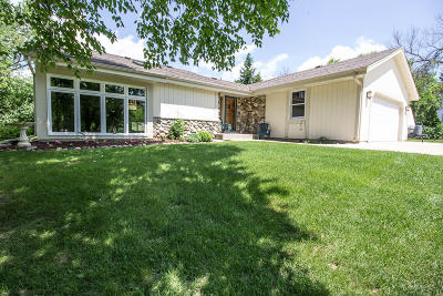 Nashotah Single Family Home Active Contingent With Offer: N45w32552 Watertown Plank Rd