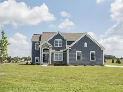 Hartland Single Family Home For Sale: W275n6930 Steepleview Ln
