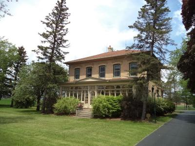 West Bend Single Family Home Active Contingent With Offer: 436 County Road My