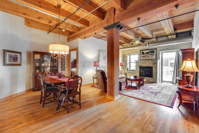 Milwaukee Condo/Townhouse Active Contingent With Offer: 413 N 2nd St #340