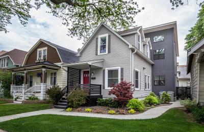 Milwaukee Single Family Home For Sale: 2607 E Oklahoma