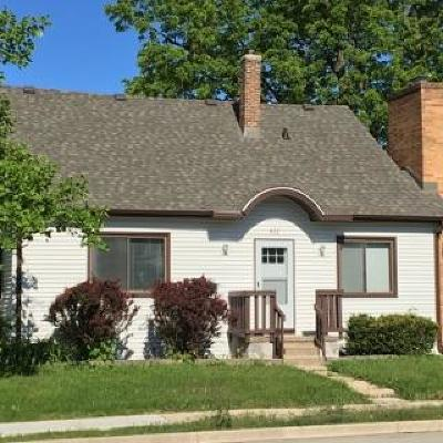 South Milwaukee Single Family Home For Sale: 412 N Chicago Ave